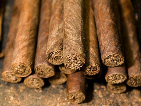 Limpieza de casa con tabaco