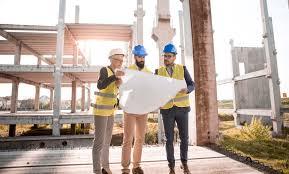 Peritos en obra de construcción
