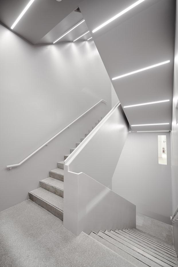 Unas escaleras muy modernas