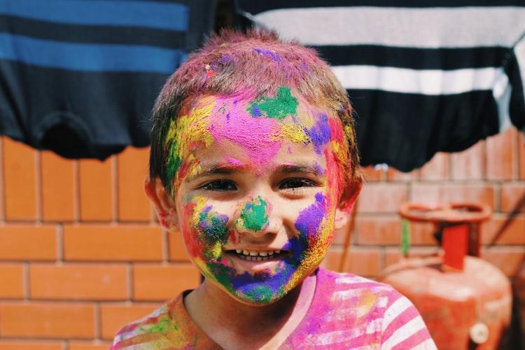 Cómo pintar por números ayuda a entretener a los niños en casa